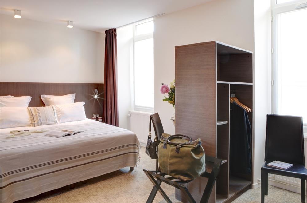 Chambre communicante 5 pers cote d 39 armor chambres hotel for Chambre communicante hotel